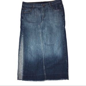 VTG Y2K LEVIS Red tab maxi jean skirt w/slit  16W